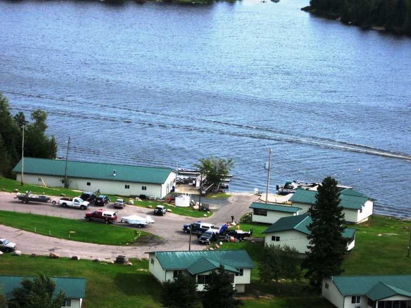 Paradise cove resorts minaki ontario paradise cove for Ontario fishing lodges and resorts